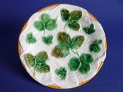 George Jones 'Strawberry Leaves on White Napkin' Majolica Plate c1873
